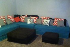 Small Room 2 Twin Beds As A Sectional Use Bolsters And