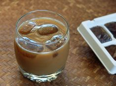 Preparing frozen coffee cubes for your iced coffee.