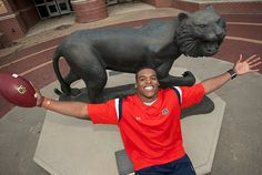 He may have only been here a year but Cam Newton knows his college home....AUBURN UNIVERSITY!!