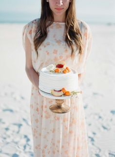 Peach cake: http://www.stylemepretty.com/2015/04/20/seaside-bridal-shower/   Photography: Kaylie B Poplin - http://www.kayliebpoplin.com/