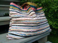 Håndarbeiden » Klar for stranden med strandbag av fillerye - søm - redesign - omsøm - handmade - craft - DIY Upcycle, Throw Pillows, Blanket, Sewing, Crochet, Creative, Ideas, Art, Cushions