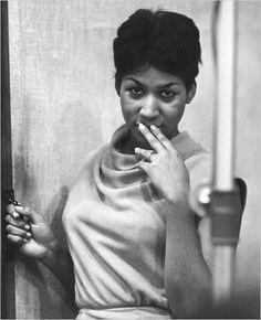 Aretha Franklin-RIP to the Queen Aretha Franklin, Music Icon, Soul Music, Music Genre, Indie Music, Detroit Michigan, Detroit Downtown, Divas Pop, Tennessee