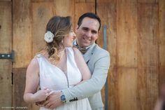 """Noiva real: A Heloisa ganhou a nossa headpiece de presente da mãe, Neuza. """"Adorei o acessório... muito delicado, perfeito para a ocasião"""", disse ela❤️📷:Jun Matsuoka  #headpieces #bridalheadpieces #acessoriosparacabelo #acessoriosparanoivas #wedding #casamento #bride #love #mercedesalzueta #handmade #noiva #instabride  #brideoftheday #noivadodia #bride #noiva #noivareal #realbride #wedding #casamento #ateliermercedesalzueta #bridalheadpiece #acessoriodecabelo"""