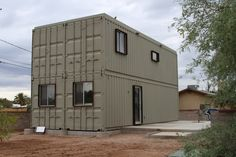 Extra large shipping container house made with with 4 fitted containers. Source www.imgur.com