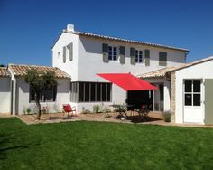 Maison traditionnelle r taise my home in ile de r location vacances ile de r pinterest - Vente maison les portes en re ...