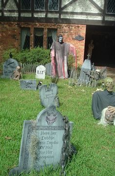 36 Best Fun And Scary Outdoor Halloween Images Outdoor Halloween Halloween Outdoor Decorations Halloween Decorations