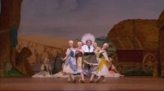 La fille mal gardée - The Clog Dance from Act I (The Royal Ballet) - YouTube