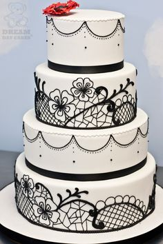 Black, White Wedding Cake. Piped Lace.