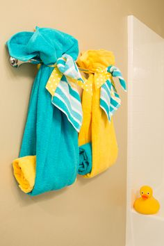 Towels For Bathroom - It is such a significant thing to generate a beautiful bathroom since it holds a substantial role to make you and all the coming guests comfortable. The decoration of this bathroom design is the one that you just can't leave behind. Bathroom Towel Decor, Bathroom Kids, Bathroom Furniture, Turquoise Bathroom Decor, Bath Decor, Folding Bath Towels, Rubber Duck Bathroom, Towel Display, Yellow Bathrooms