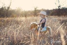 Cute outdoor child photo.  Little cowboy in a field.  |  Sonomi J Photography Little Boy Photography, Cowboy Photography, Photography Props Kids, Country Baby Photos, Baby Boy Photos, Rodeo Birthday, 1st Boy Birthday, Little Boy Pictures, Western Photo