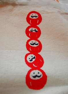 silk screen print Daruma