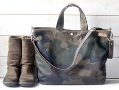Camouflage Waxed Canvas tote / Carry all Leather bag Diaper bag /Messenger bag  Work bag /Leather straps / Men messenger /Travel bag /Zipper by ikabags on Etsy https://www.etsy.com/listing/263799314/camouflage-waxed-canvas-tote-carry-all
