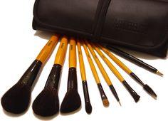 Make-up Pinsel 101 Best Makeup Brushes, It Cosmetics Brushes, Makeup Brush Set, Best Makeup Products, Cosmetic Brushes, Makeup Tips, Beauty Makeup, Hair Makeup, Makeup Ideas
