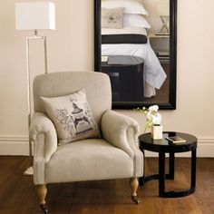 OKA Chair