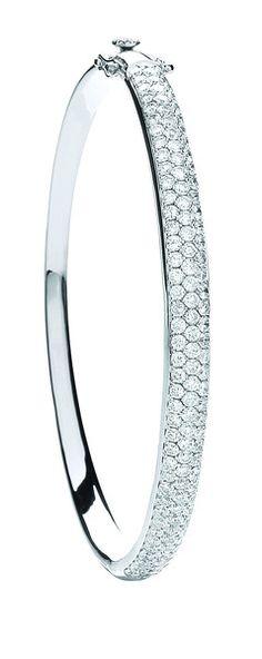 18ct White Gold 3.15ct Pave Set Diamond Bangle