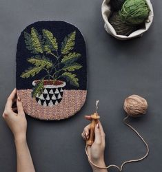 Punch Needle Rug Hooking + Wall Art Workshop with Bookhou Folk Embroidery, Embroidery Stitches, Embroidery Patterns, Paper Embroidery, Diy Trend, Stitch Crochet, Punch Needle Patterns, Contemporary Embroidery, Rug Hooking
