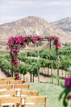 #chuppah, #canopy, #bougainvillea  Photography: We Heart Photography…