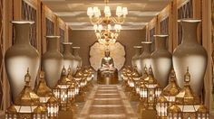 The spa hallway at Encore at Wynn Las Vegas - Conde Nast rated hotel