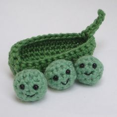 peas in a pod crochet pattern by lybo