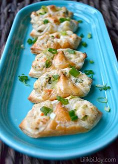 EASY CRAB PUFFS - 1 sheet of puff pastry dough, 4 oz cream cheese (1/2 of an 8 oz. block or 1/2 of an 8 oz. container), 2 T mayonnaise, 12 oz canned or fresh crab meat, 2 green onions or scallions, 2 tsp fresh lemon juice, 1/4 tsp garlic powder, salt & pepper to taste, 1 egg for egg wash