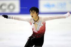 Yuzuru Hanyu (JPN), .December 22, 2012 - Figure Skating : .Japan Figure Skating Championships, Men's Free Skating .at Makomanai Ice Arena, Hokkaido, Japan. .(Photo by Daiju Kitamura/AFLO SPORT) [1045]