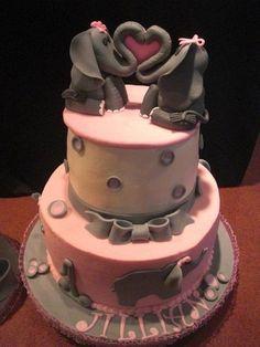 Elephant Cake @Sara Eriksson Mather