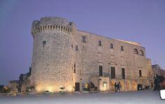 Il castello di Conversano, di origine normanna, successivamente modificato soprattutto nel XV e nel XVII secolo