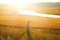 额尔古纳河,中俄边境,暖阳花开