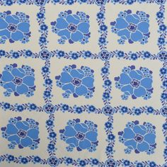 Vintage floral fabric FQ by Patternlike on Etsy
