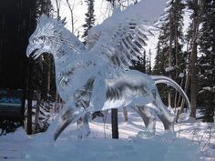 Ice sculpture of Buckbeak from Harry Potter. Sooo cool and pretty!