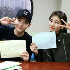 While You Were Sleeping Casts - Lee JongbSuk and Bae Suzy. WHAT AN AMAZING DRAMA
