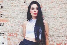 PHOTOGRAPHY STYLE FASHION photoshoot make up red lips black hair konstantopoulou xristina