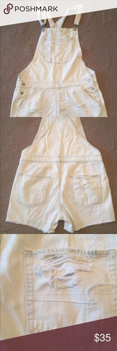American Eagle Sun Bleached Denim  Shortalls Sz M This is a listing for American Eagle Denim SunBleached shortalls Sz M. Worn only once. Super cute and roomy. Perfect for covering at beach or everyday wear in the summer!!! American Eagle Outfitters Jeans Overalls