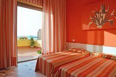 Buchen Sie 3 Nächte und sparen Sie das 15%. #BookNow #SummerExperience #Sicily2015 www.palmbeachhotel.it