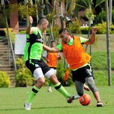 #VamosPorLa10 ¡Buen día Verdiblancos! Afinamos detalles para el juego del domingo. Fútbol y pasión en nuestro plantel #CaliSomosUno