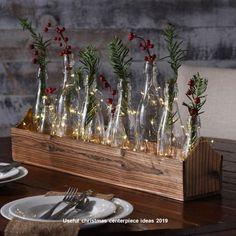 Christmas Table Centerpieces, Christmas Table Settings, Centerpiece Decorations, Decoration Table, Xmas Decorations, Holiday Tables, Christmas Mood, Elegant Christmas, Rustic Christmas