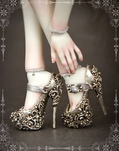 These shoes except in burgundy and Gold for sleeping beauties outfit