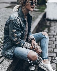 Rips  Rips all over! Happy Tuesday!  #ootd #rips #denimjacket Pinterest ➳ @ggerbasi
