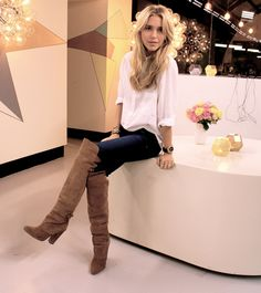 Pernille in brown knee-high suede boots from HM