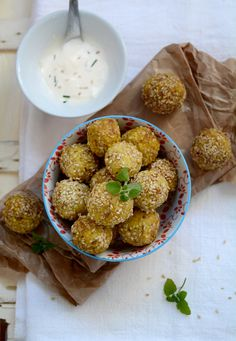 Millet and chickpea croquettes - Speziale Salad Dishes, Going Vegan, Free Food, Cooking Recipes, Breakfast, Ethnic Recipes, Kitchen, Fantasy, Morning Coffee