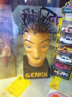 Una de las pocas cabezas de #Geniol que aún se conservan intactas
