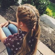 French Braid Tutorial and styles | How to French Braid