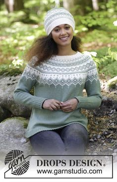 Perles du Nord by DROPS Design The set consists of: Knitted jumper with round yoke, multi-coloured Norwegian pattern and A-shape, worked top down. Sizes S - XXXL. Hat with multi-coloured Norwegian pattern. The set is worked in DROPS Flora. Fair Isle Knitting Patterns, Jumper Patterns, Fair Isle Pattern, Knit Patterns, Drops Design, Laine Drops, Icelandic Sweaters, Free Knitting, Baby Knitting