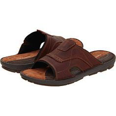 Stylish good looks and lightweight comfort best describes the Driftline sandal from Hush Puppies - HighOnShoes.com