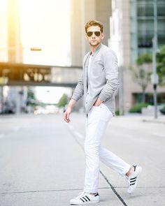 Walk in Style w/ @fede_rangel  #vscocam #blogger #editorial #male #malemodel #gq #mens #style #newyork #fashionphotographer #modelling #photooftheday #minimalism #vsco #photography #newyorkcity #instagood #love #portriat #men #menswear #retouching  #magazine #menstyle  #city #igersoftheday #igers #mensfashion #gqstyle #minimal