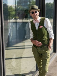papa swag - 104-Year-Old Grandpa Expresses Himself with Timeless Style