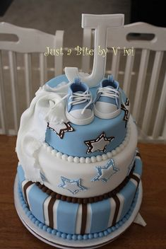 SNEAKERS ALL STAR BABY SHOWER CAKE | Flickr - Photo Sharing!