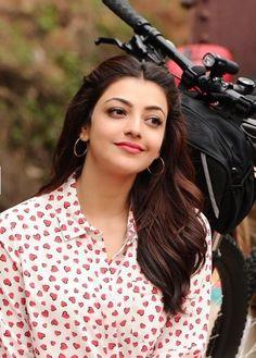 Kajal Aggarwal Ileana D'cruz Hot, South Indian Actress, Airport Style, Indian Designer Wear, Celebs, Celebrities, Stylish Girl, Indian Beauty, Bollywood Actress