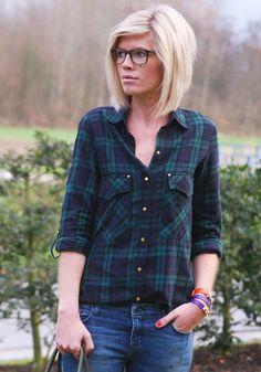 Trendy Frisuren für Frauen mit schulterlangem Haar 2014 | http://www.neuefrisur.com/frisuren-mittellang/trendy-frisuren-fur-frauen-mit-schulterlangem-haar-2014/1888/