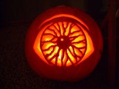 creative pumpkin carvings | Eye Ball Scary pumpkin carving Ideas